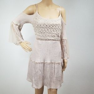 Crochet lace cold shoulder flowy sleeve dress J1